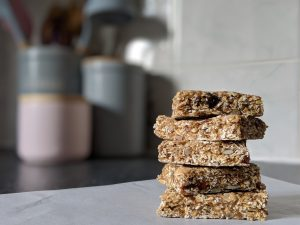Recipe: Easy No-Nut Oaty Bars
